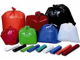Productos-de-limpieza-bolsa-de-color-01