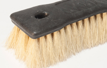 Productos-de-limpieza-cepillo-ergonomico-para-tallar-fibra-de-lechuguilla-06
