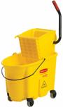 Productos-de-limpieza-cubeta-con-exprimidor-01