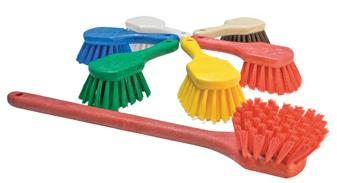 Productos-de-limpieza-escobeta-01