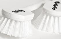 Productos-de-limpieza-escobeta-multiusos-fibra-de-nylon-01